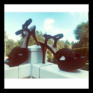 Vince Camuto platform sandal size 8 black heels